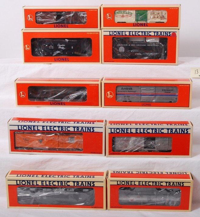 13: 10 Lionel freight cars 17880, 29215, 5721, etc.