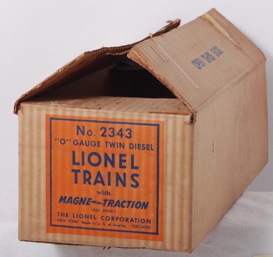 808: Lionel 2343 Santa Fe O gauge twin diesel, Master C