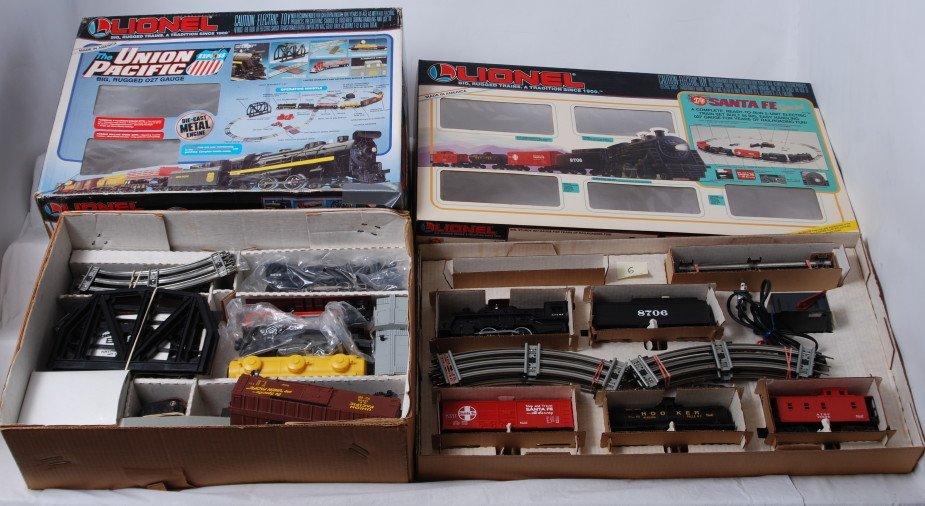 6: Lionel 11736 Union Pacific and 11720 Santa Fe sets