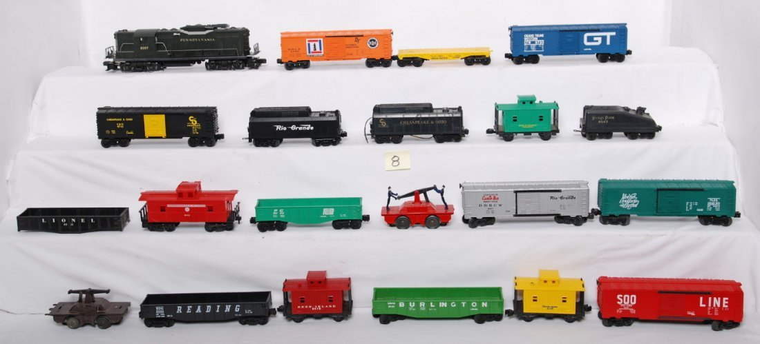 8: Lionel locos, tenders, and cars 8357m 9207, 6477, et