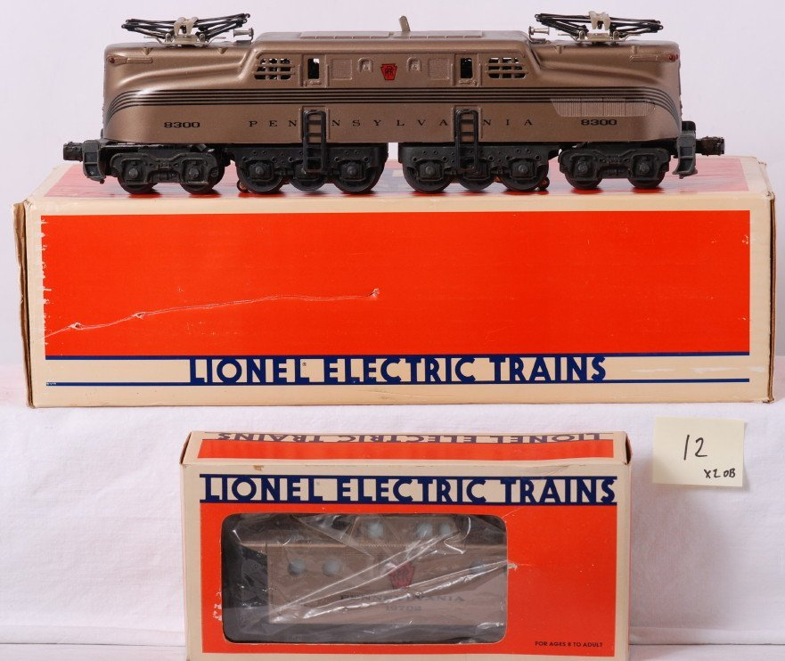 12: Lionel PRR Mint Series 18300 GG-1 and caboose