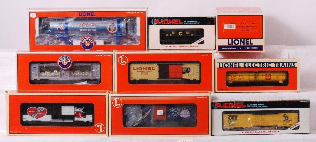 14: 10 Lionel freight cars 16467, 29294, 19676, etc