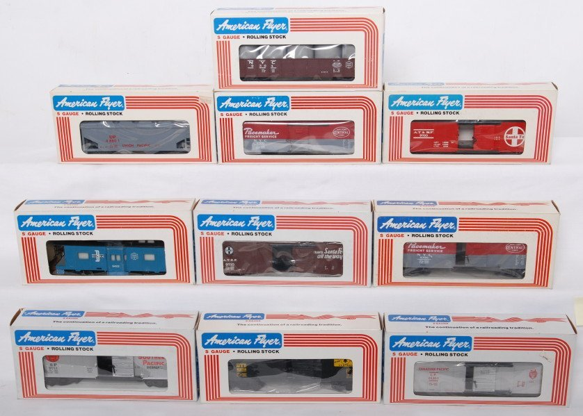 12: 10 American Flyer cars 9700, 9706, 48308, etc