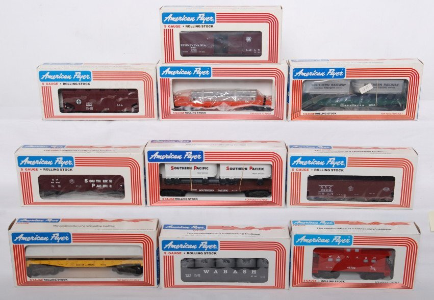 17: 10 American Flyer cars 9004, 9002, 9209, 48600