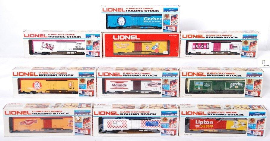 17: 10 Lionel reefers 9885, 9873, 9812, 9884, etc.