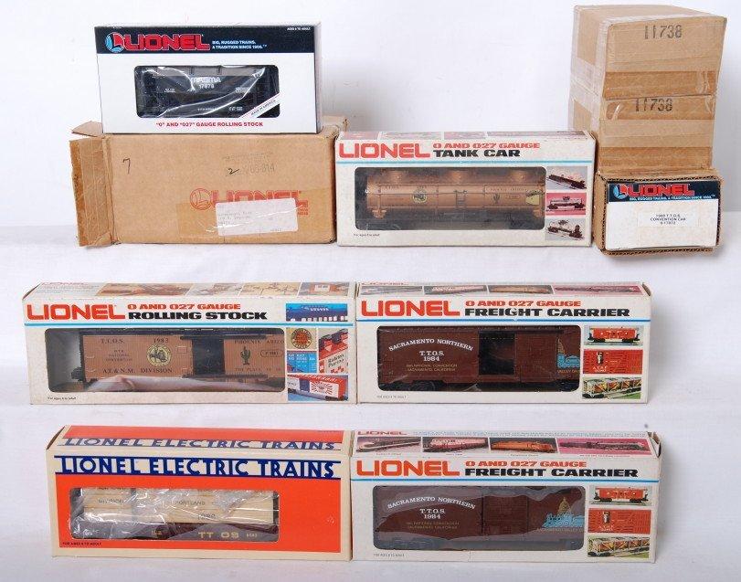 21: 10 Lionel TTOS freight cars