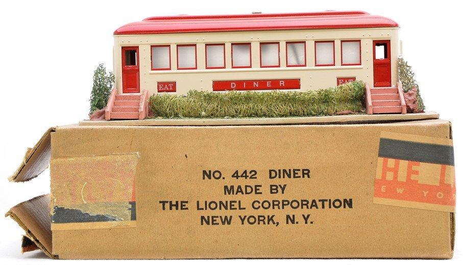 19: Lionel Prewar 442 Landscaped Diner LN OB