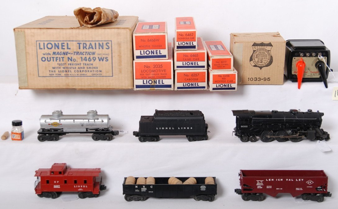 1038: Lionel 1469WS 027 freight train in OB w/2035, 646 - 2