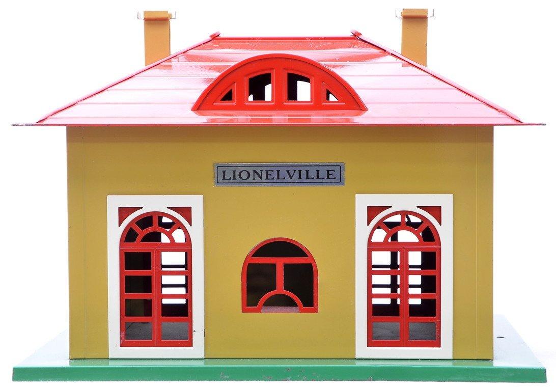 2: Lionel Prewar 126 Lionelville Station