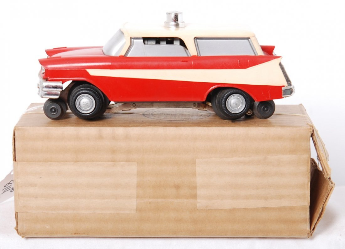 814: Lionel 68 executive car in OB w/both inserts & ins