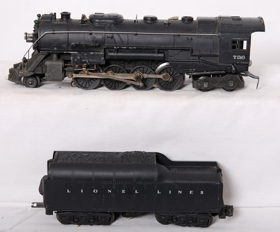 824: Lionel 736 steam locomotive and 2671WX tender