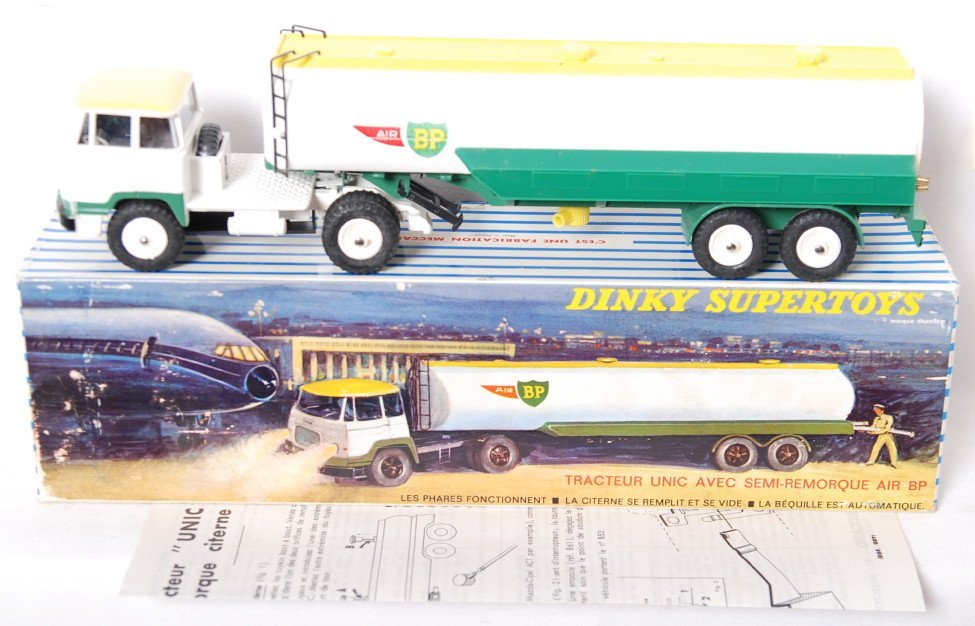 Dinky Supertoys 887 Unic Tractor w/Air BP Tanker in OB