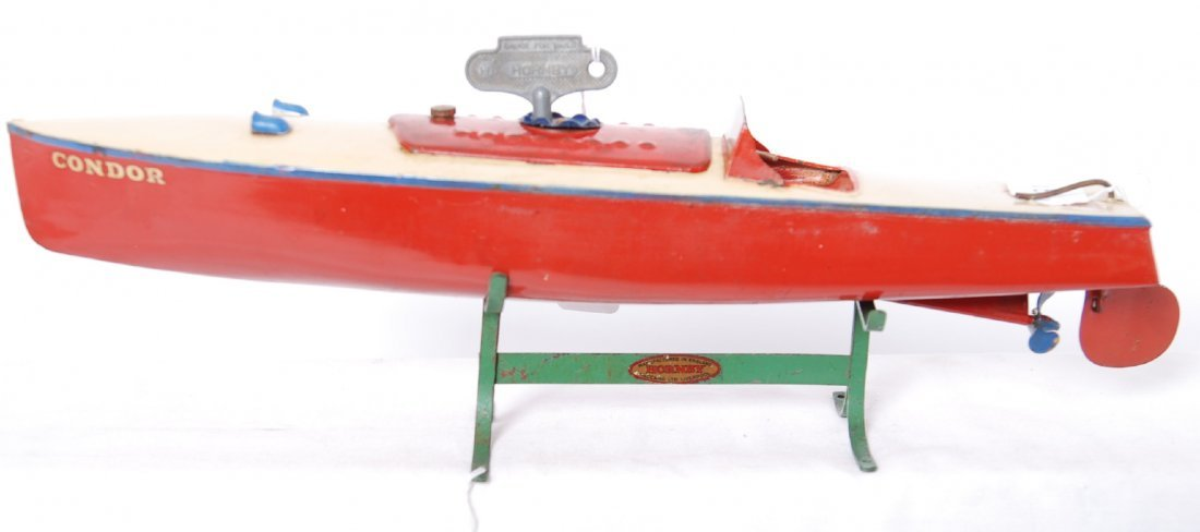 Hornby Speedboat Condor w/key on stand mechanical