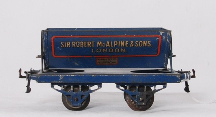 Hornby Series Sir Robert McAlpine & Sons. London tipper