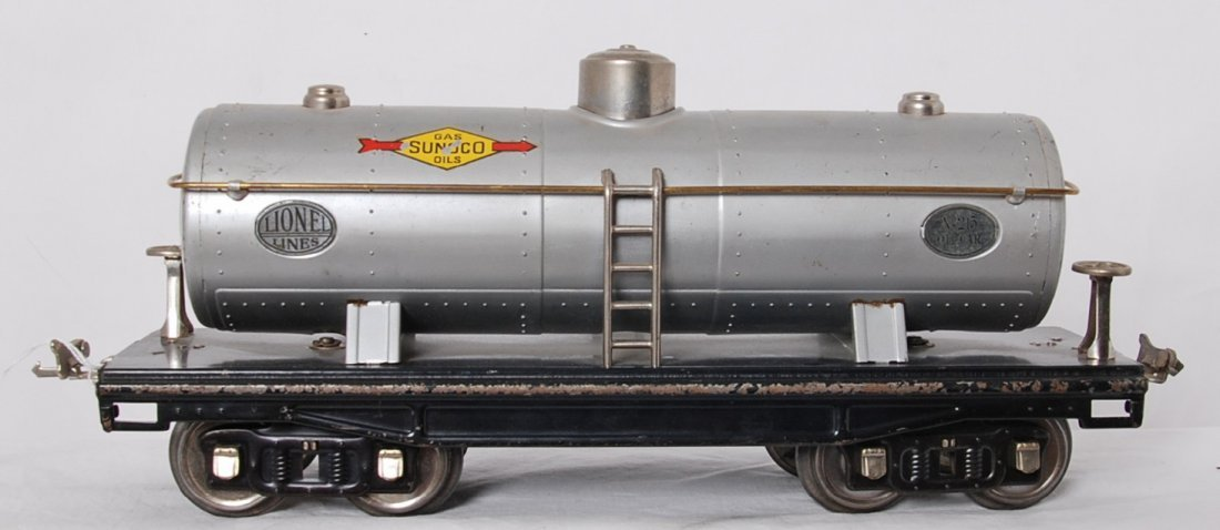 Lionel 215 Sunoco Oils tank w/nickel plates and trim