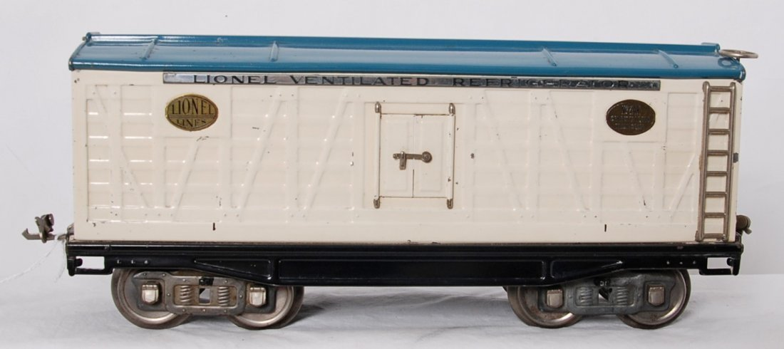 Lionel 214R white, w/lt. blue roof, brass, nickel