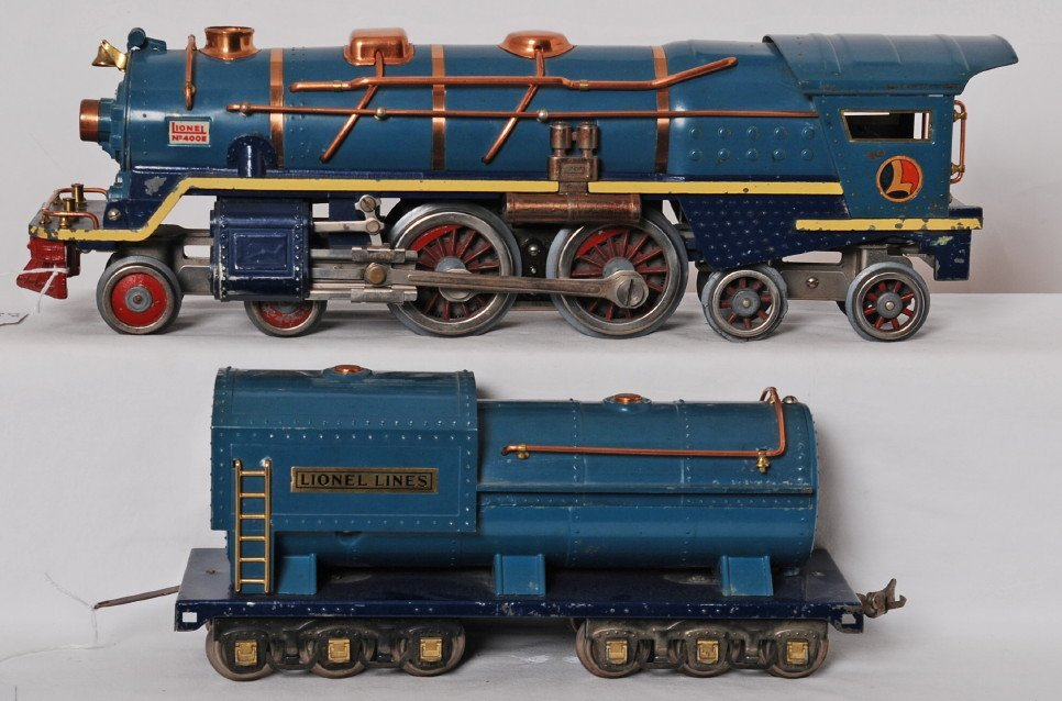 Rare Lionel 400E Blue Comet loco and tender w/cream str