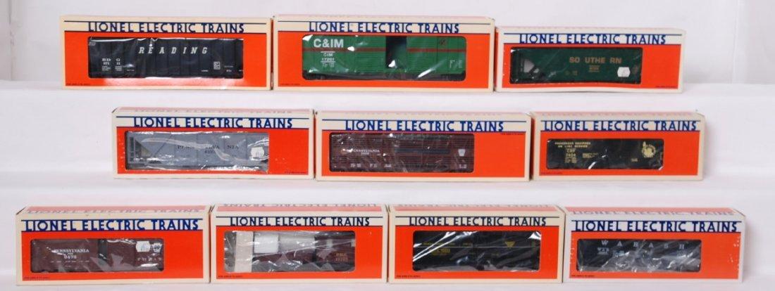 10 Lionel freight cars 19603, 6123, 19510, etc