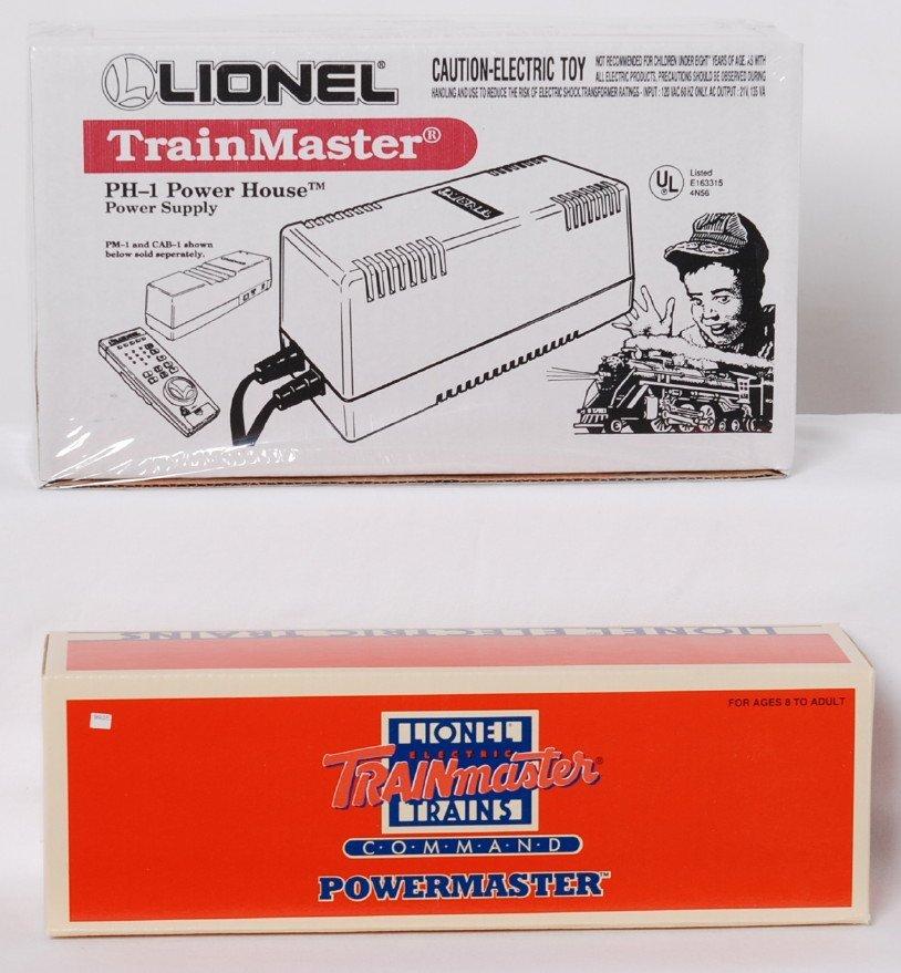 Lionel 128687 Powermaster and 12866 Powerhouse