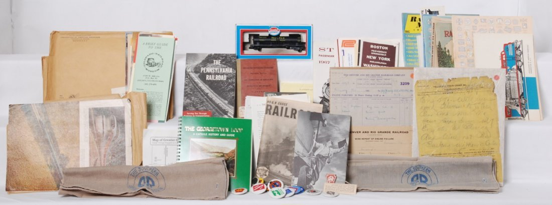 Group of railroadiana paper and passenger car items