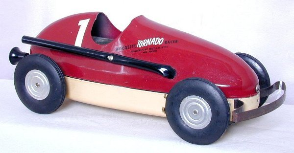 22: Winzeler Mfg. Woodette air powered racer,