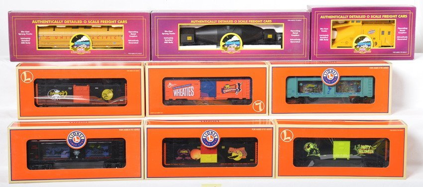 9 Lionel and MTH freight cars 26745, 26257, 26746, etc