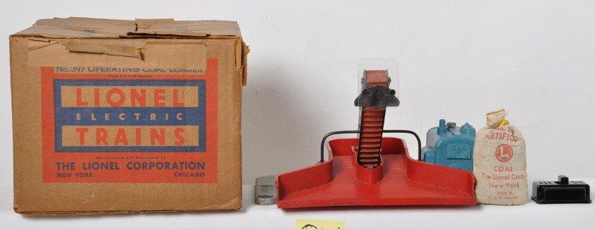 Lionel 397 operating coal loader in original box w/comp