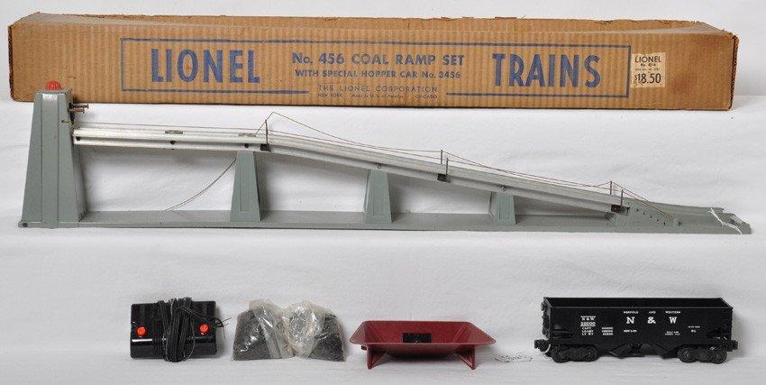 Lionel 456 coal ramp w/3456 N&W, controller... in OB