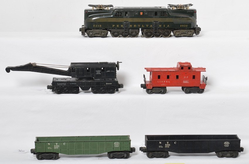 Lionel 2332, 6462, 6462, 2460, and 6257 GG-1 freight