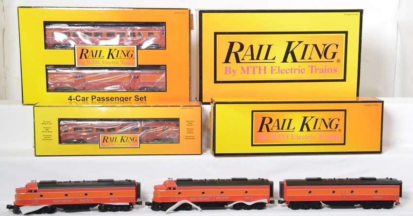 Railking Southern Pacific E-8 A-B-A and passenger cars