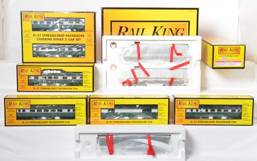 MTH Southern E-8 A-B-A and passenger cars