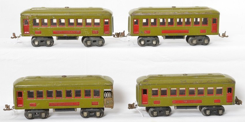 Lionel, three 610 Pullman coaches, 612 observation