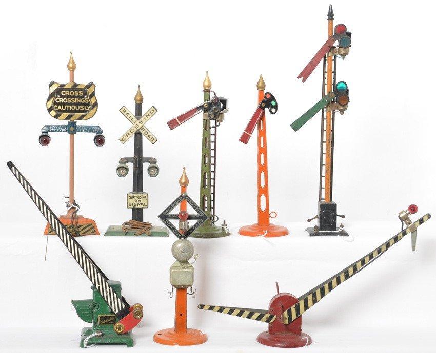 American Flyer wide gauge signals, semaphores....