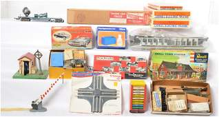 Mixed lot of gauges and manufactures of toy trains