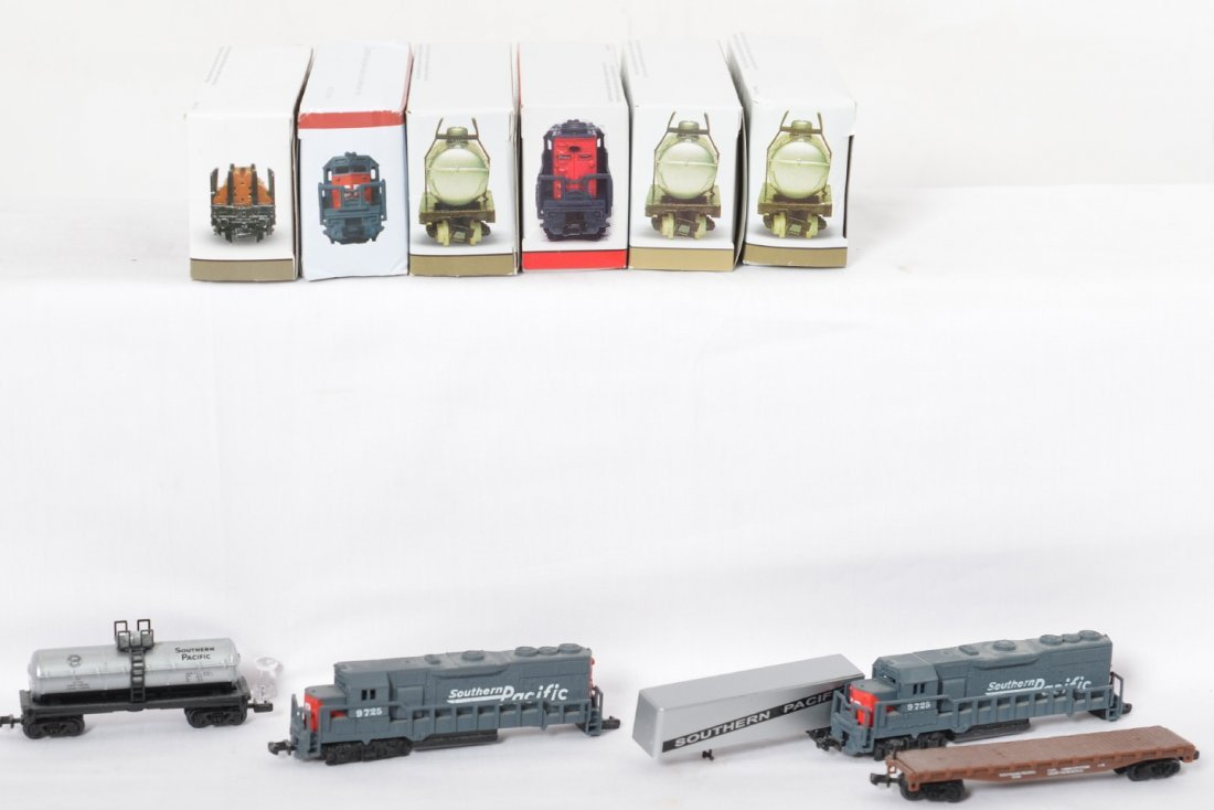Toy trains, diecast cars, BeamÍs decanter, Amtrak - 3