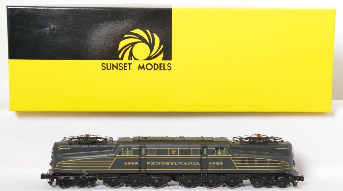Sunset / 3rd Rail Old Rivets Pennsylvania GG-1 original