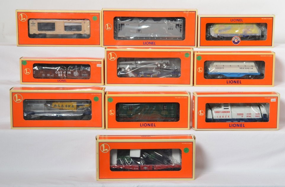 10 Lionel cars Nesquik, Diamond T, horse car, etc