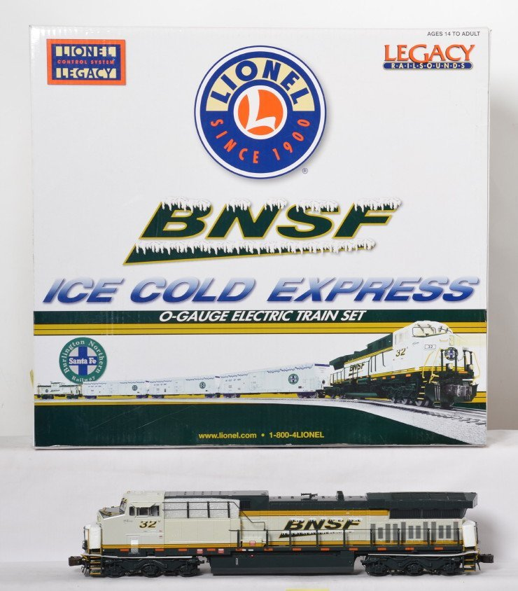 Lionel BNSF Ice Cold Express with Legacy