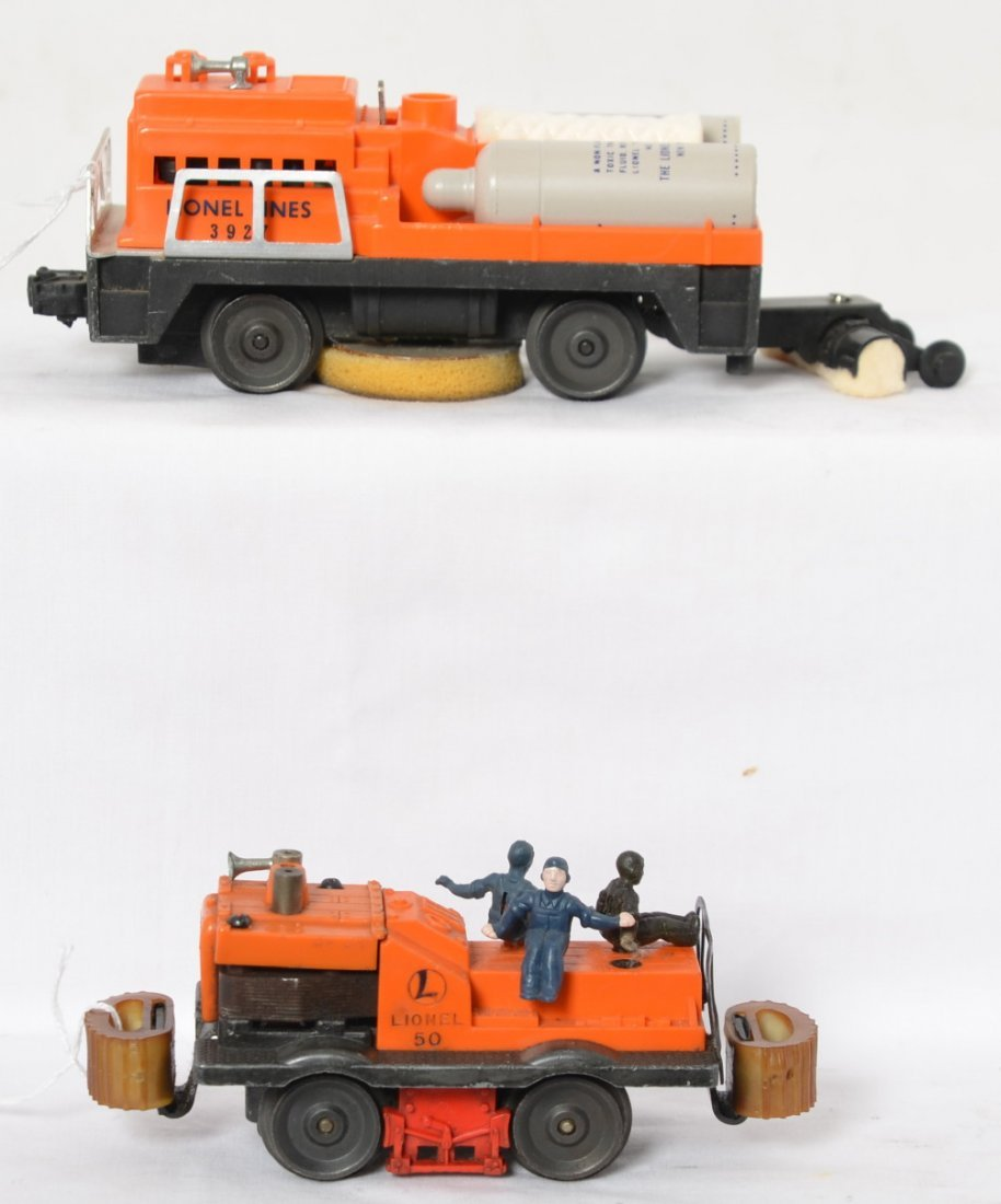Lionel No. 50 gang car and No. 3927 track cleaner