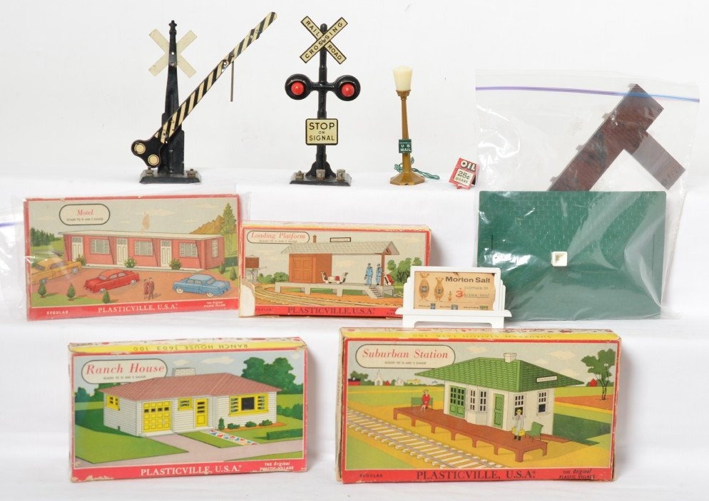 Plasticville building kits in OB and Marx operating