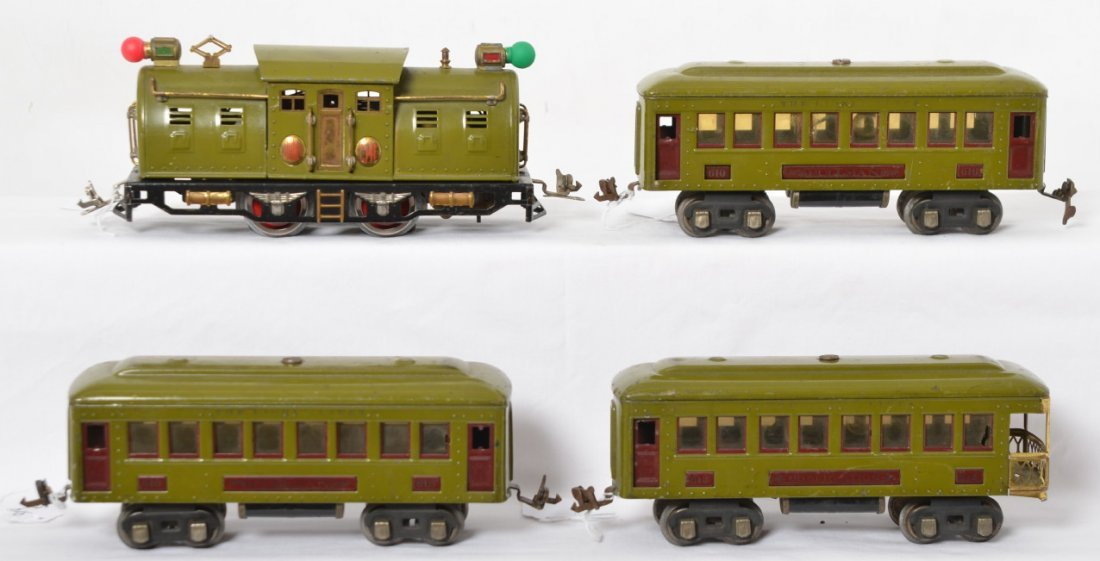 Lionel 254E electric, two 610 Pullman, 612 observation