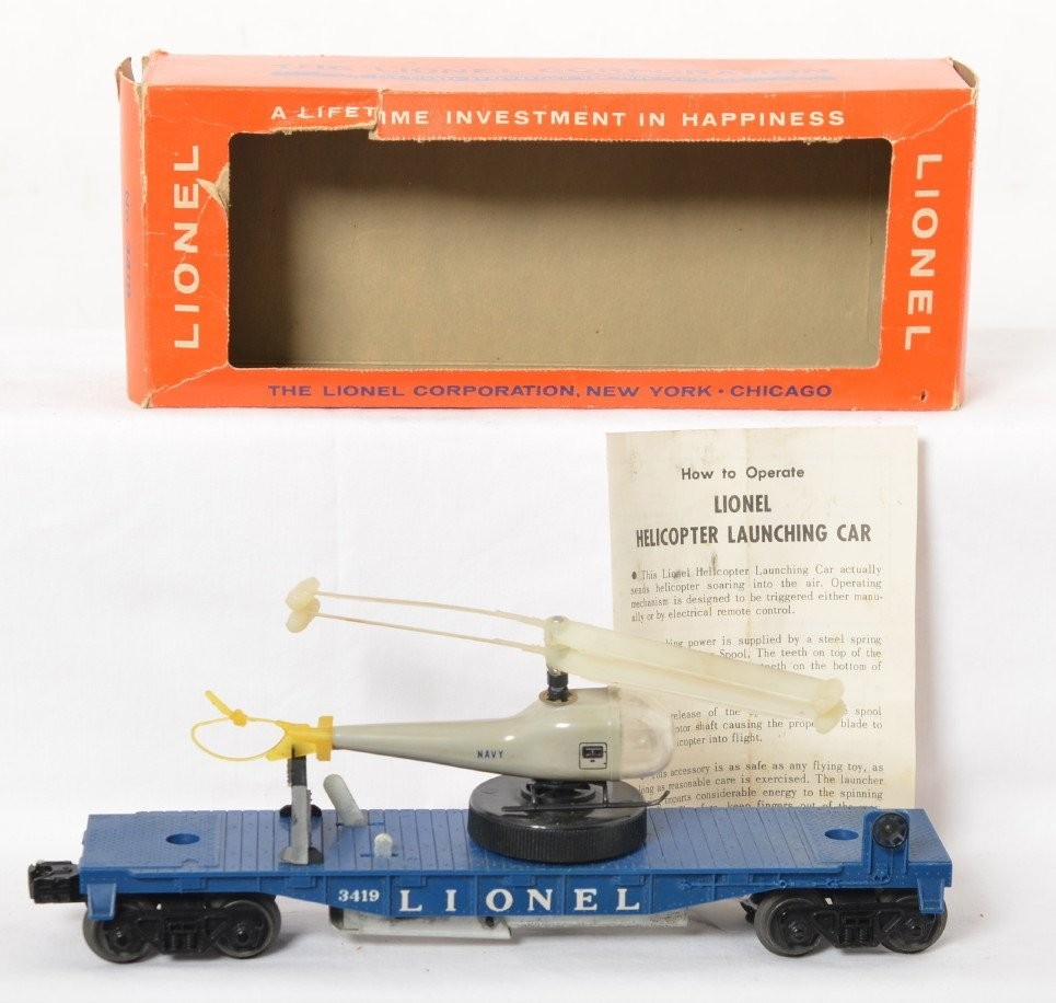 Lionel 3419 operating helicopter car in OB w/Navy