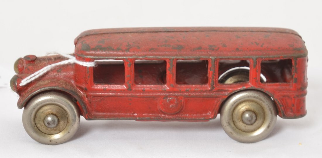 Cast iron touring/passenger bus w/steel wheels