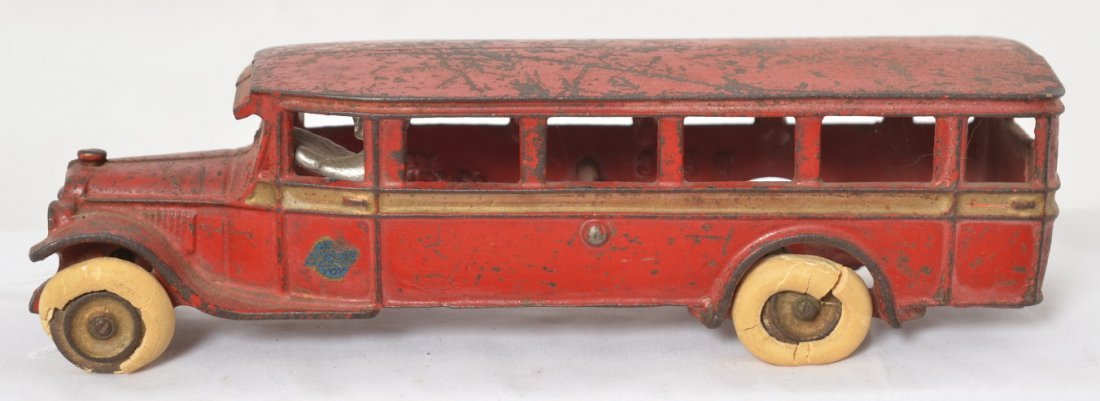 Arcade cast iron 314 travel/touring bus w/rubber tires
