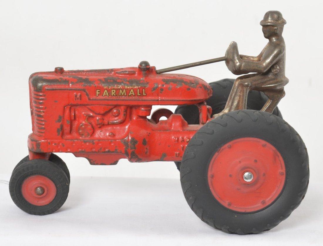 Arcade McCormick-Deering Farmall tractor w/rubber