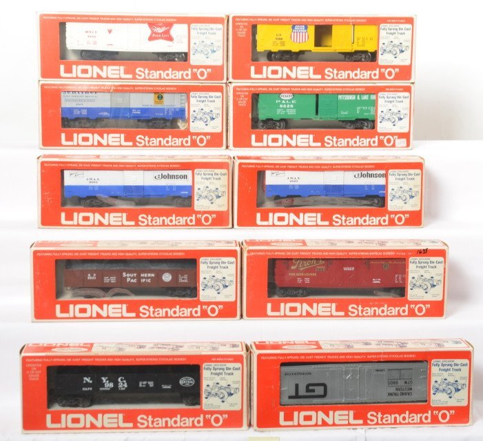 10 Lionel Standard O freight cars 9803, 9805, 9821,