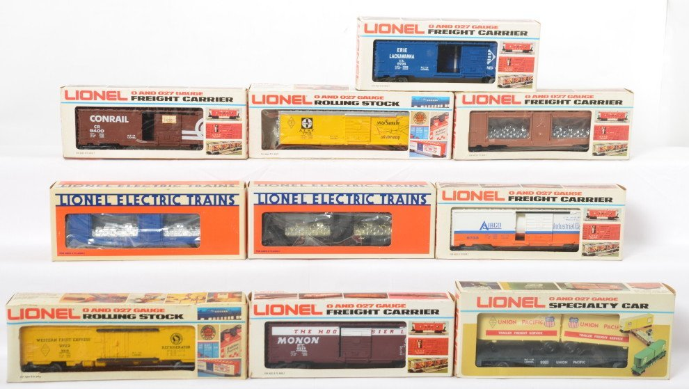 10 Lionel freight cars 7712, 9400, 9726, 7517, 7518,