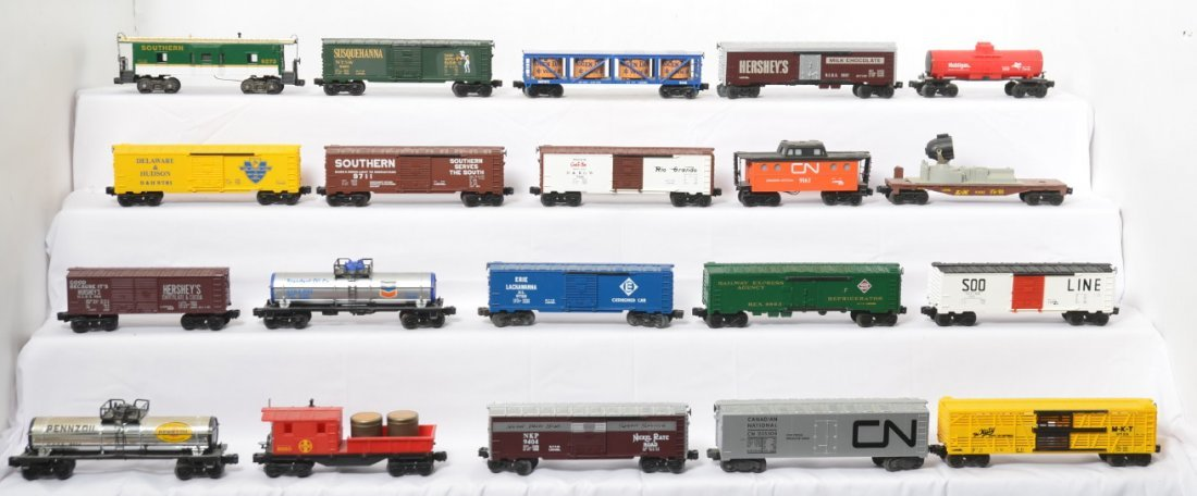 20 Lionel freight cars 9725, 9041, 9161, 9711, 9863,