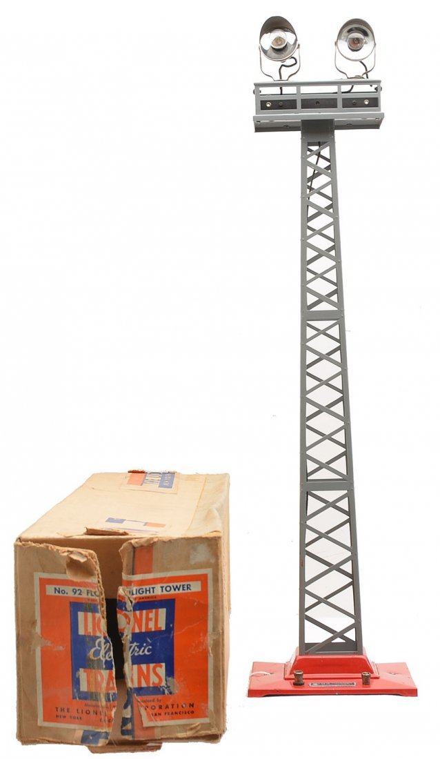 Lionel 92 Gray Floodlight Tower w/Red Base OB