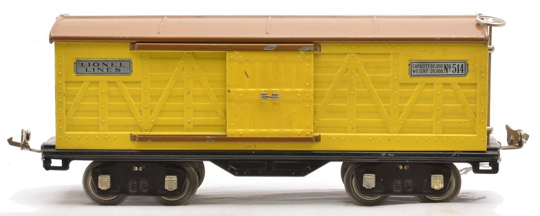 Lionel 514 Yellow Boxcar w/Brown Roof Nickel Trim